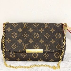 Handbags - Louis Vuitton 8.3 x 5.5 x 1.5 Brown